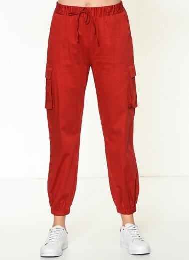 İroni Pantolon Kırmızı
